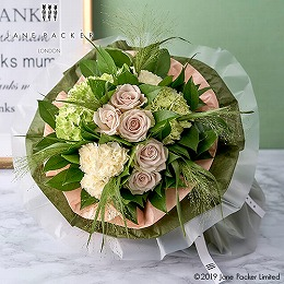 日比谷花壇【日比谷花壇】【母の日】JANE PACKER 花束「グラッチェ(Grazie)」