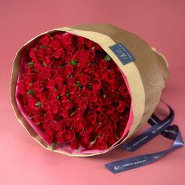 【日比谷花壇】100本の赤バラの花束「アニバーサリーローズ」