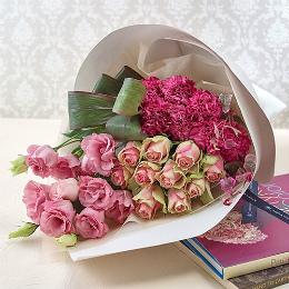 〈日比谷花壇〉花束「ミニョンフルール」
