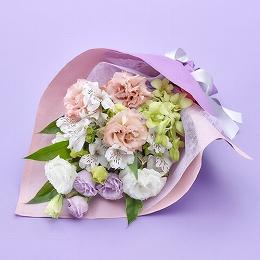 【日比谷花壇】【お供え用】花束「清風」