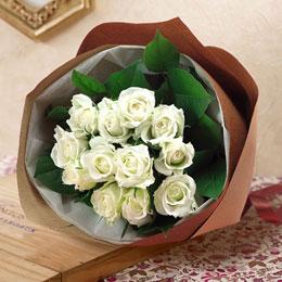 【日比谷花壇】花束「1ダースのバラ(ホワイト)」