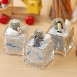 【日比谷花壇】ちいさな植物と一緒に楽しむジオラマ「南極のペンギンたち」ミニサイズ3個セット