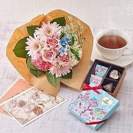 【日比谷花壇】ゴディバ ホワイトデー限定「エクレールダムール アソートメント」と花束のセット