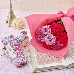 <日比谷花壇>ライブラリーオブフラワーズ 「ハンドクリーム」と花束のセット