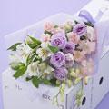 【日比谷花壇】【お供え用】ボックスフラワー「花はるか」